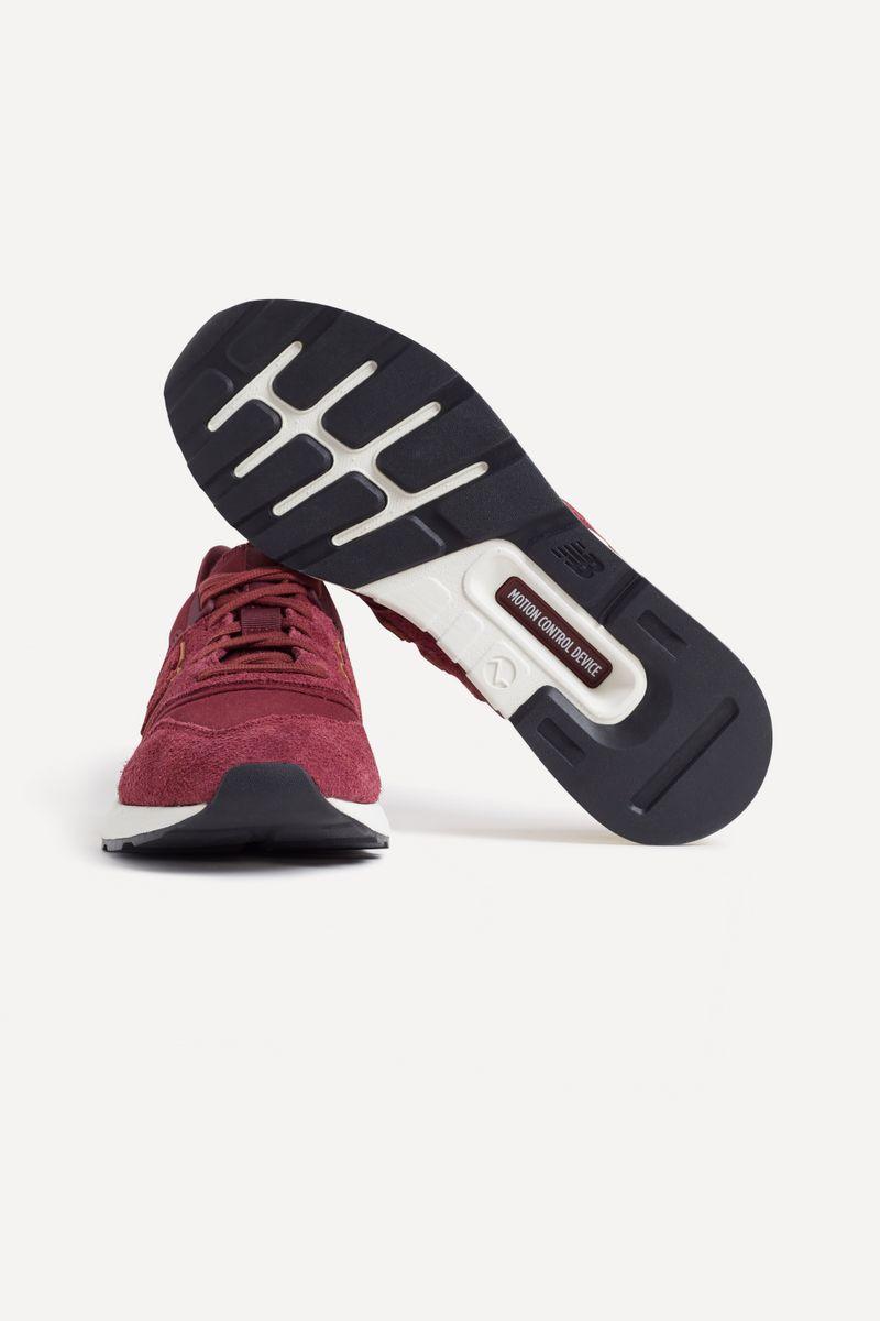 Tenis-New-Balance-997S-Bordeaux-39-05